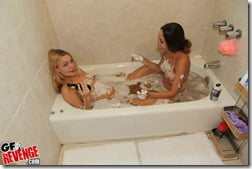 bathtub-blowjob-01